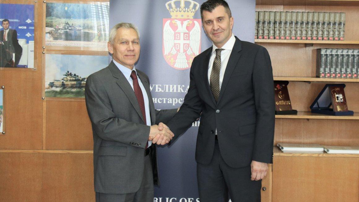 Министар Ђорђевић са новопостављеним амбасадором Русије Харченком о пријатељским односима са Србијом